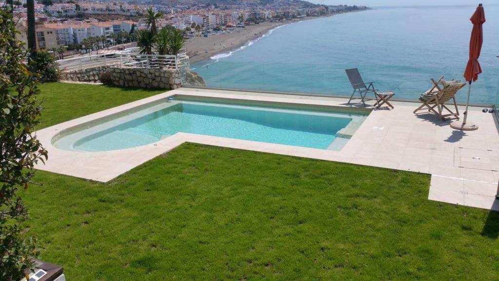 foto piscina construcción