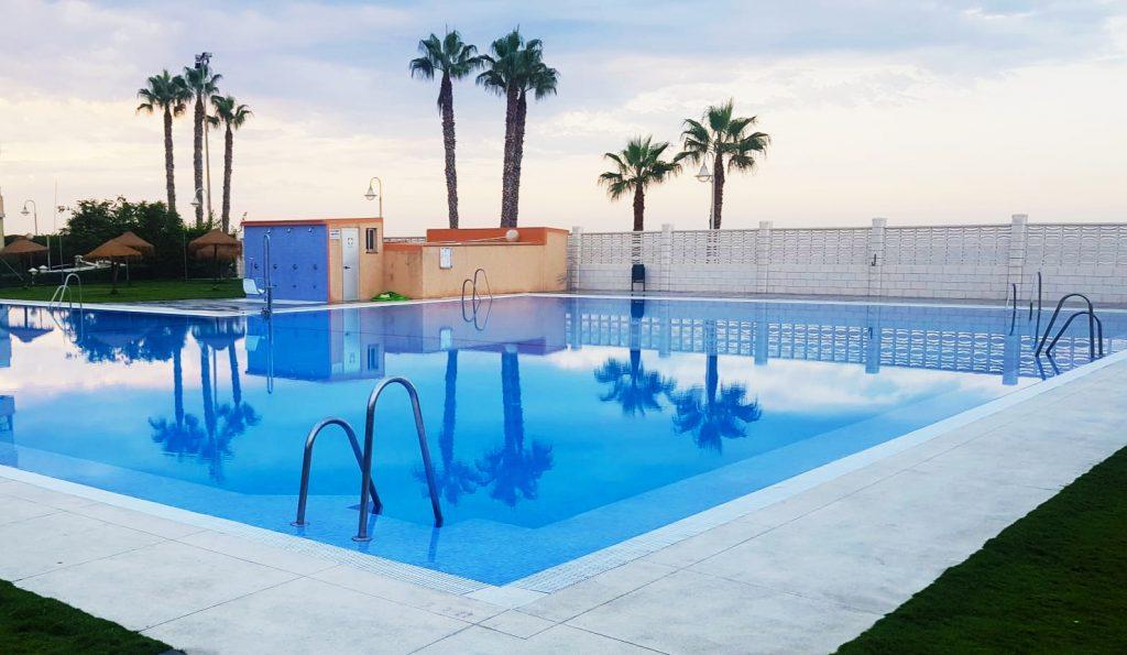Mantenimiento de piscina de comunidad